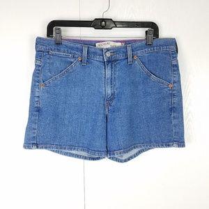 Levi's Nouveau 515 shorts medium wash size 12